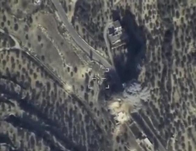 Still image taken from aerial footage released by Russia's Defence Ministry on February 11, 2016, shows airstrikes, carried out by the country's air force and hitting what the Defence Ministry says was Islamic State command post, in Idlib, Syria. REUTERS/Ministry of Defence of the Russian Federation/Handout via Reuters