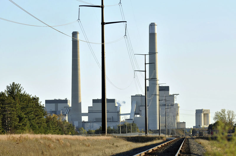 FILE - Xcel Energy's Sherco Power Plant is shown in Becker, Minn on October 20, 2010. Photo: Jason Wachter/St. Cloud Times via AP