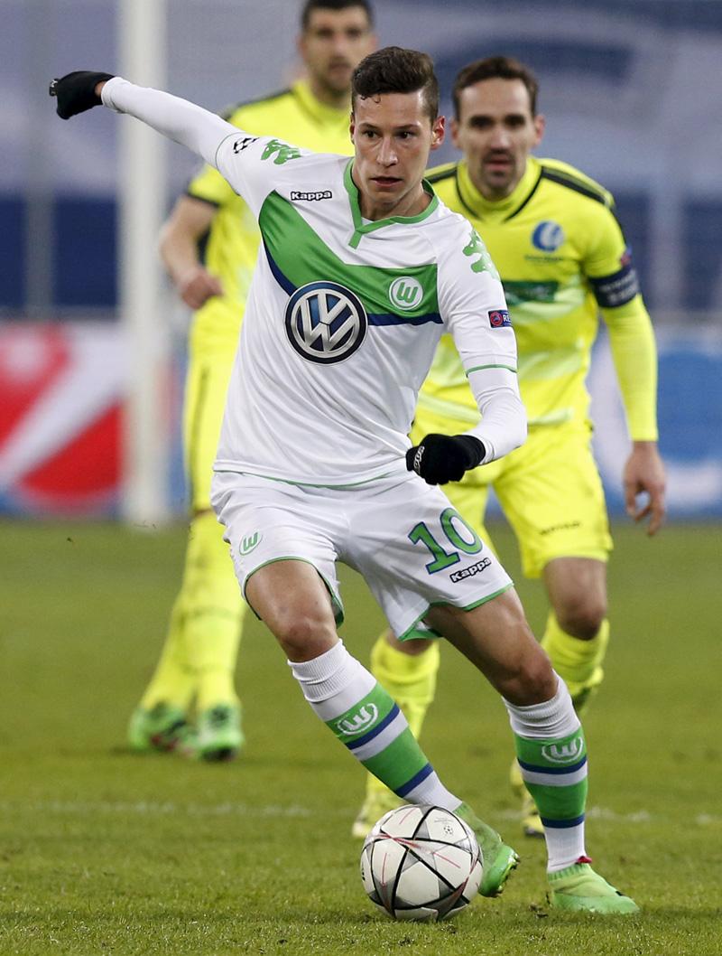 Julian Draxler of VFL Wolfsburg
