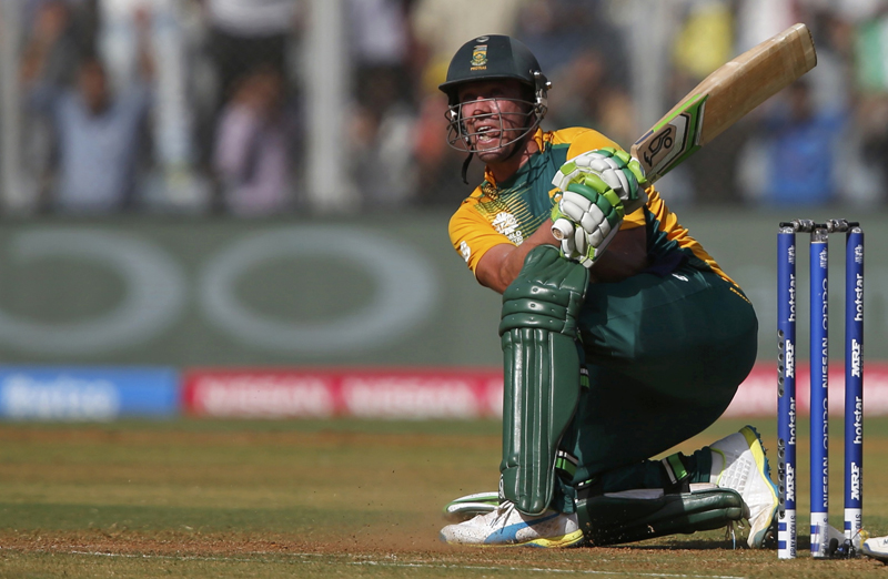 South Africa's AB de Villiers watches his shot during ICC World Twenty20 Cricket World Cup against Afghanistan at Wankede stadium in Mumbai on Sunday, March 20, 2016. Photo: Reuters