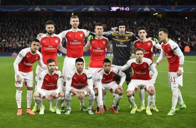 Football Soccer - Arsenal v FC Barcelona - UEFA Champions League Round of 16 First Leg - Emirates Stadium, London, England - 23/2/16nArsenal team groupnReuters / Dylan Martinez
