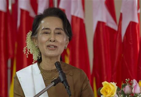 FILE - In this Jan. 4, 2016 file photo, National League for Democracy party (NLD) leader Aung San Suu Kyi delivers a speech during a ceremony to mark Myanmar's 68th anniversary of Independence in Yangon, Myanmar. Photo: AP
