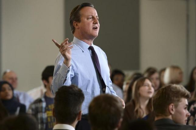 Britain's Prime Minister David Cameron holds a question and answer session with students at University Campus Suffolk in Ipswich, Britain February 29, 2016.  REUTERS/Stefan Rousseau/pool