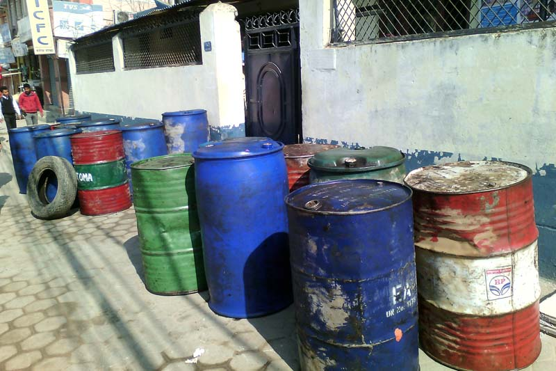 Drums full of diesel seized by police from the Panauti-based Pashupati Plywood Factory the arrested five people had brought via Raxual for the Bhaktapur-based Maheshwori Petrol Pump, in Banepa, on Monday, March 21, 2016. Photo: RSS
