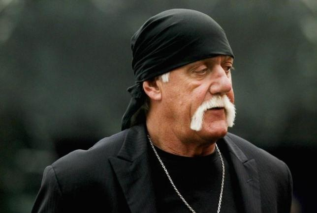 Terry Bollea, aka Hulk Hogan, arrives for his trial against Gawker Media, in St Petersburg, Florida March 17, 2016.  REUTERS/Dirk Shadd/Tampa Bay Times/Pool via Reuters