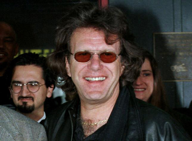Musician Keith Emerson of the group Emerson Lake and Palmer is seen at handprints ceremony for singer Joe Cocker (not shown) in Hollywood, California in this April 1, 1998 file photo. Photo: Reuters