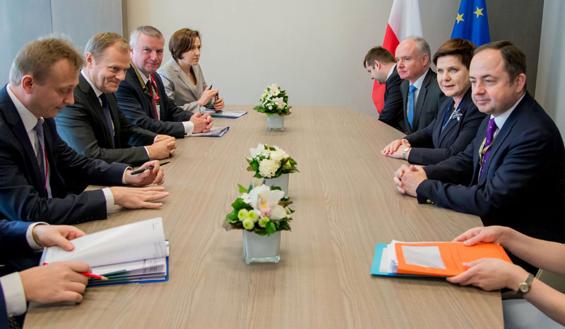 Polish Prime Minister Beata Szydto (second right) meets with European Council President Donald Tusk (second left) on the sidelines of an EU summit in Brussels on Thursday, March 17, 2016. Photo: Stephanie Lecocq, Pool Photo via AP)