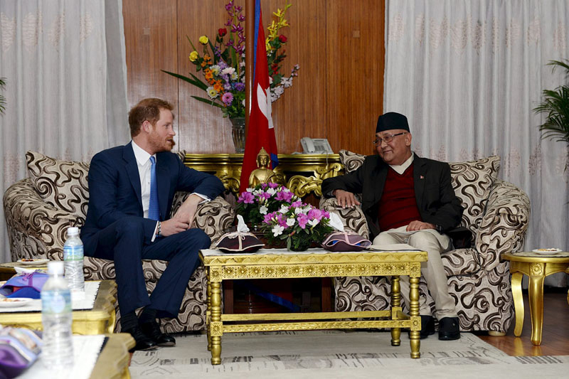 Britain's Prince Harry (left) meets Nepal's Prime Minister KP Sharma Oli at his office at Singha Durbar in Kathmandu, Nepal, on March 19, 2016 handout of Nepal's Department of Information. Photo: Reuters