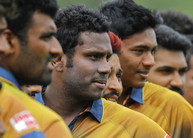 Sri Lankan players pose for a group photo