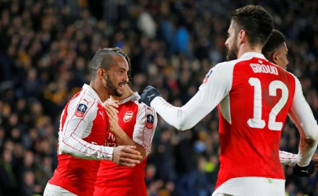 Football Soccer - Hull City v Arsenal - FA Cup Fifth Round Replay - The Kingston Communications Stadium - 8/3/16nTheo Walcott celebrates with team mates after scoring the fourth goal for ArsenalnAction Images via Reuters / Carl Recine