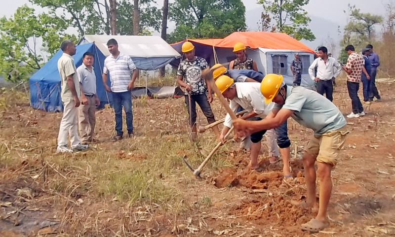 File - Construction work for the Khimti-Dhalkebar transmission line, which resumed at Thulitar of Kamalamai Municipality, in Sindhuli, on Monday, April 11, 2016. Photo: THT