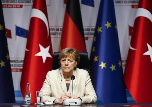 German Chancellor Angela Merkel attends a news conference after visiting Nizip refugee camp near Gaziantep, Turkey , April 23, 2016. REUTERS/Umit Bektas