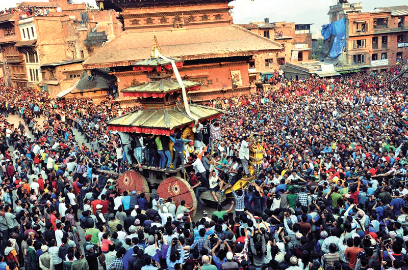 Revellers pulling the chariot carrying the statue of Lord Bhairav during Bisket Jatra, in Bhaktapur, on Saturday, April 9, 2016. Photo: THT