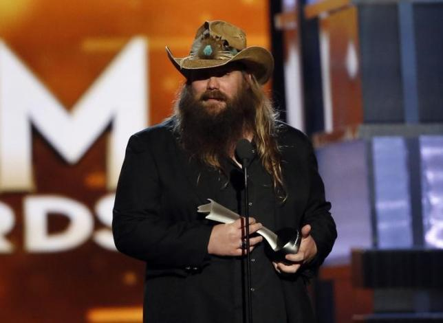 Chris Stapleton  accepts the award for Male Vocalist of the Year during the 51st Academy of Country Music Awards in Las Vegas, Nevada April 3, 2016.  REUTERS/Mario Anzuoni