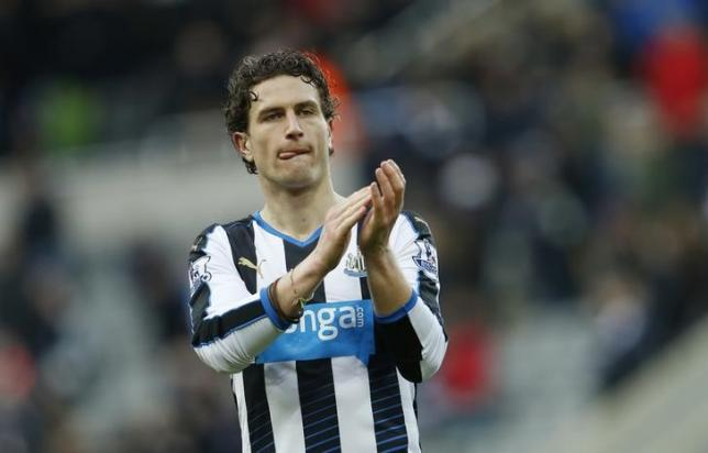 Newcastle's Daryl Janmaat applauds the fans at the end of the game. March 5, 2016nAction Images via Reuters / Lee Smith