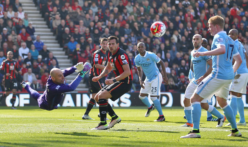 Manchester City goalkeeper Willy Caballero makes a save during their English Premier League match against Bournemouth at the Vitality Stadium, Bournemouth, England, on Saturday, April 2, 2016. Photo: Adam Davy/PA via AP