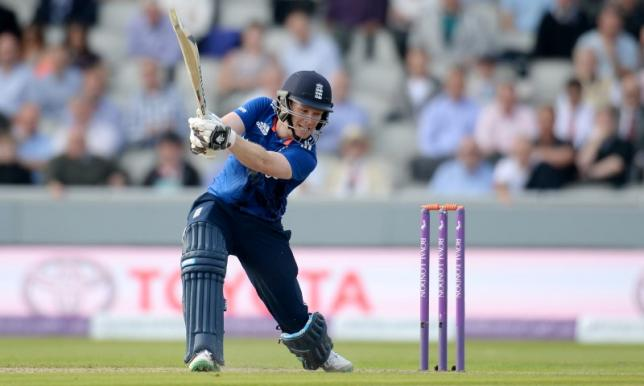 Cricket - England v Australia - Third Royal London One Day International - Emirates Old Trafford - 8/9/15nEngland's Eoin Morgan in actionnAction Images via Reuters / Philip Brown