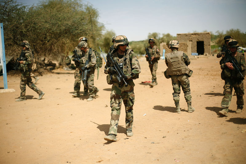 French soldiers secure the area at the entrance of  Gao, northern Mali, on February 10, 2013.  Photo: AP