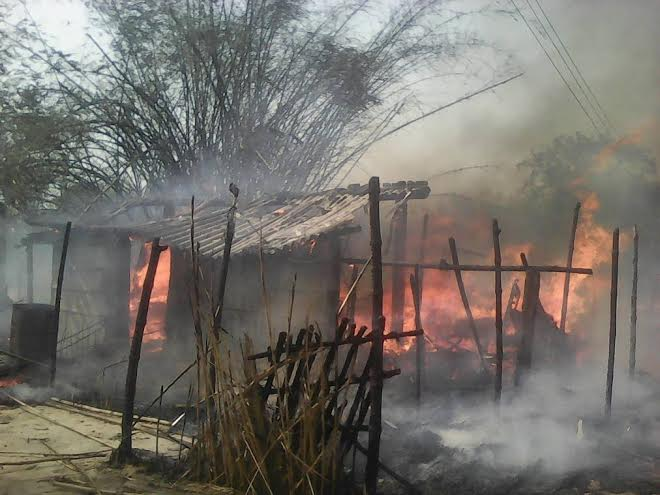 A fire breaks out at a house in Guthiprasauni-5 of Nawalparasi district on Saturday, 02 April 2016. Photo: Shreeram Sigdel