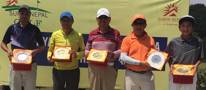 (From Left) Shyam Simkhada, Tendi Sherpa, Lt Col (retd) KNS Thapa, Ang Dorjee Sherpa and Tenzing Lama after the Surya Nepal Gokarna Monthly Medal Golf Tournament in Kathmandu on Saturday. Photo:THT
