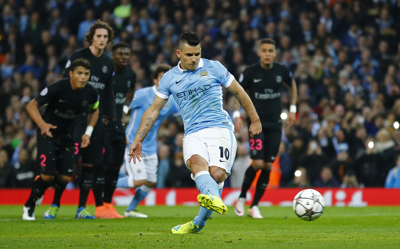 Manchester City's Sergio Aguero misses a penalty against PSG during UEFA Champions League game at Etihad Stadium in Manchester on Tuesday, April 12, 2016. Photo: Reuters