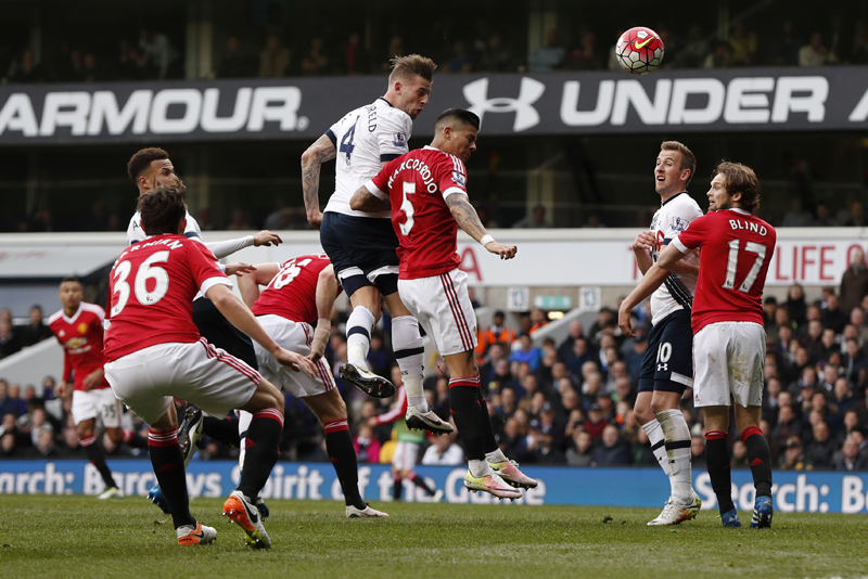 Toby Alderweireld scores the second goal for Tottenham against Manchester United during Barclays Premier League game at White Hart Lane on Sunday, April 10, 2016. Photo: Reuters