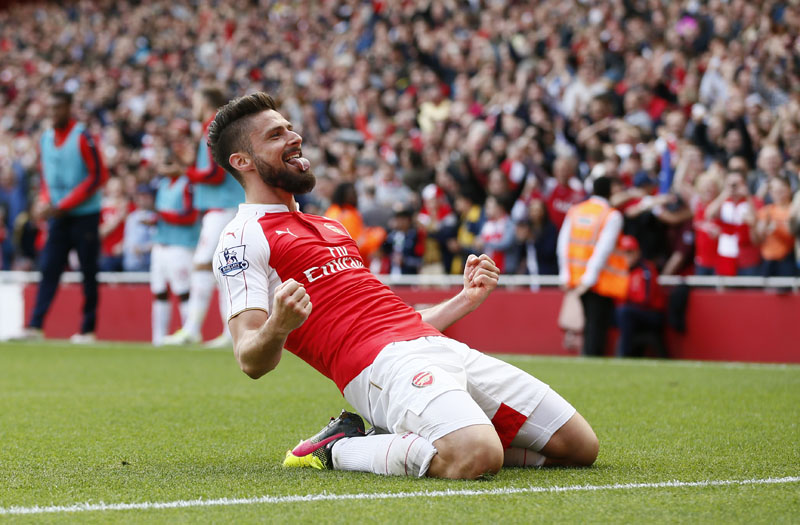 Olivier Giroud celebrates after scoring the second goal for Arsenal on May 15, 2016. Photo: Stefan Wermuth/Reuters