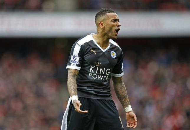 Football Soccer - Arsenal v Leicester City - Barclays Premier League - Emirates Stadium - 14/2/16nLeicester's Danny Simpson reacts after being sent offnReuters / Darren Staples/ Livepic/ Files