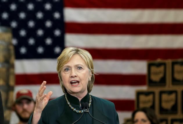 U.S. Democratic presidential candidate Hillary Clinton speaks at a campaign event in Athens, Ohio, United States, May 3, 2016. REUTERS/Jim Young