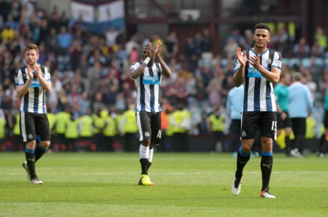 Britain Soccer Football - Aston Villa v Newcastle United - Barclays Premier League - Villa Park - 7/5/16nNewcastle's Jamaal Lascelles applauds the fans at the end of the matchnReuters / Philip BrownnLivepic