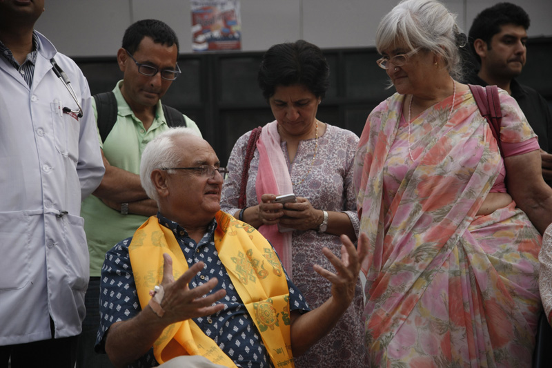 Senior journalist and Sajha Yatayat Chairperson Kanak Mani Dixit after Supreme Court ordered the nCommission for the Investigation of Abuse of Authority to release him, in Kathmandu, on Monday, May 2, 2016. Photo: THT
