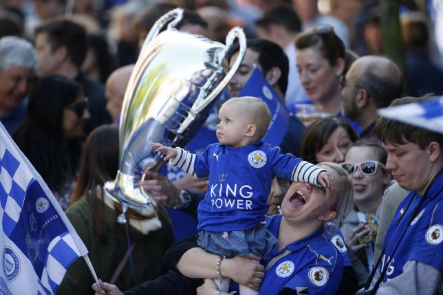 Britain Football Soccer - Leicester City - Premier League Title Winners Parade - Leicester City - 16/5/16nLeicester fans before the paradenReuters / Phil Noble