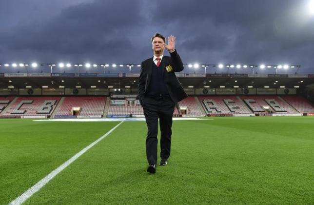 Football Soccer - AFC Bournemouth v Manchester United - Barclays Premier League - Vitality Stadium - 12/12/15nManchester United manager Louis van Gaal before the matchnAction Images via Reuters / Tony O'Brien