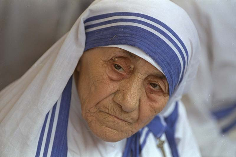 Mother Teresa, head of Missionaries of Charity, is photographed, in New Delhi, India on August 25, 1993. Photo: AP/ File