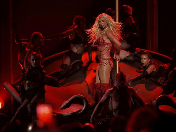 Millennium Award recipient Britney Spears performs a medley of songs at the 2016 Billboard Awards in Las Vegas, Nevada, US, May 22, 2016. Photo: Reuters