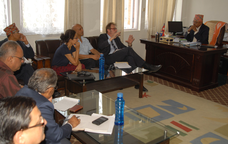 Secretary at the Ministry of Agricultural Development Uttam Kumar Bhattarai (left) receives a World Bank team led by its Practice Manager-Agriculture Martien van Nieuwkoop, in Kathmandu, on Tuesday, May 24, 2016. Photo: PACT