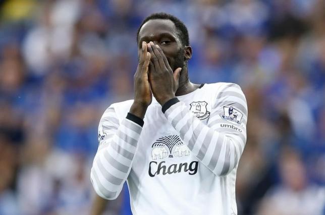 Everton's Romelu Lukaku looks dejected.nAction Images via Reuters / Carl RecinenLivepic
