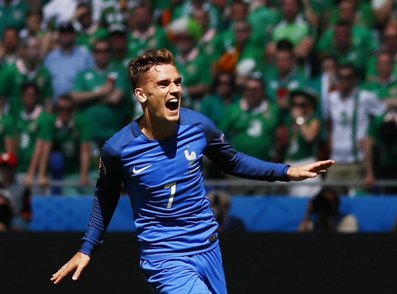 France's Antoine Griezmann celebrates after scoring their second goal during Euro 2016 Round of 16 soccer match against Republic of Ireland at Stade de Lyon, on Sunday, June 26, 2016. Photo: Reuters