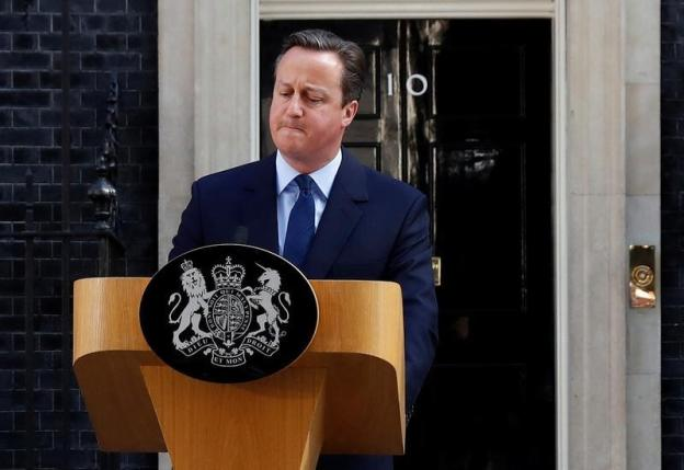 Britain's Prime Minister David Cameron speaks after Britain voted to leave the European Union, outside Number 10 Downing Street in London, Britain June 24, 2016.   REUTERS/Stefan Wermuth