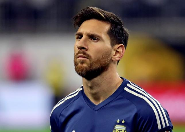 Argentina midfielder Lionel Messi (10) stands for the national anthem before the match against the United States in the semifinals of the 2016 Copa America Centenario soccer tournament at NRG Stadium, Houston, Texax, on Jun 21, 2016. Photo: USA Today Sports via Reuters