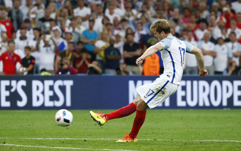 England's Eric Dier scores their first goal during the Euro 2016 Group B soccer match between England and Russia, at the Velodrome stadium, in Marseille, France, on Saturday, June 11, 2016. Photo: Reuters