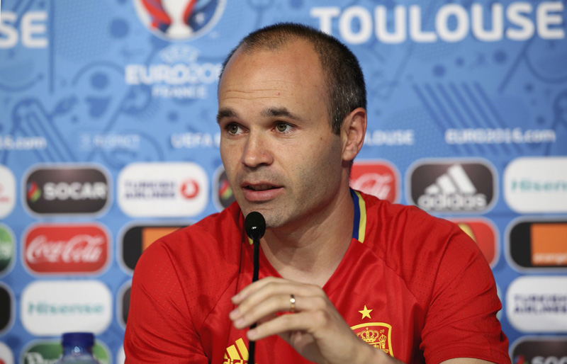 Spain's Andres Iniesta attends a news conference at Stadium Municipal in Toulouse, on June 12, 2016. Photo: Reuters