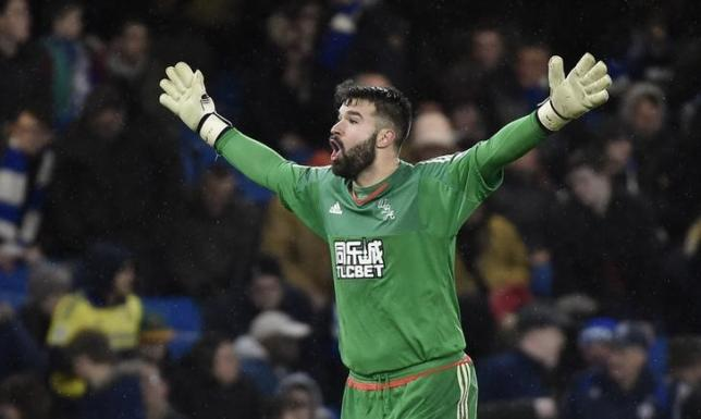 Football Soccer - Chelsea v West Bromwich Albion - Barclays Premier League - Stamford Bridge - 13/1/16nWest Brom's Boaz Myhill nReuters / Toby MelvillenLivepic