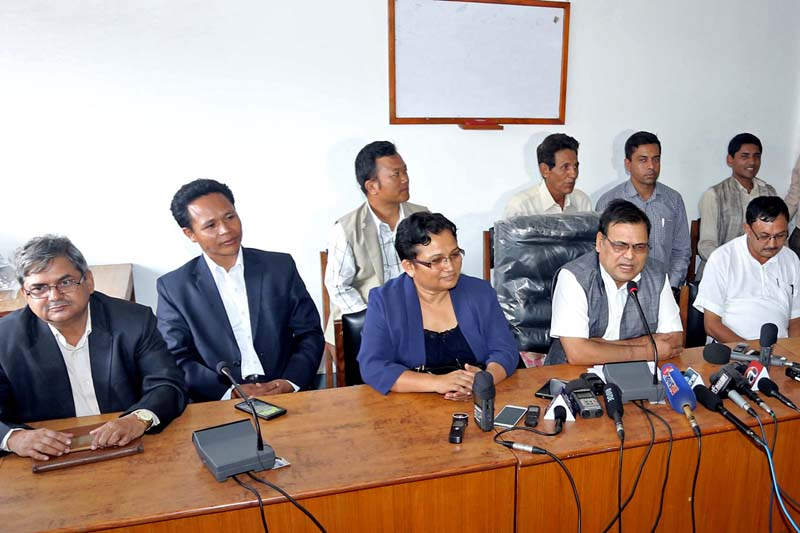 CPN Maoist Centre leader Krishna Bahadur Mahara (2nd from right) and Spokesperson Pampha Bhushal brief the media about the party's decision to withdraw its support from the KP Sharma Oli-led government, in Kathmandu, on Tuesday, July 12, 2016. Photo: RSS