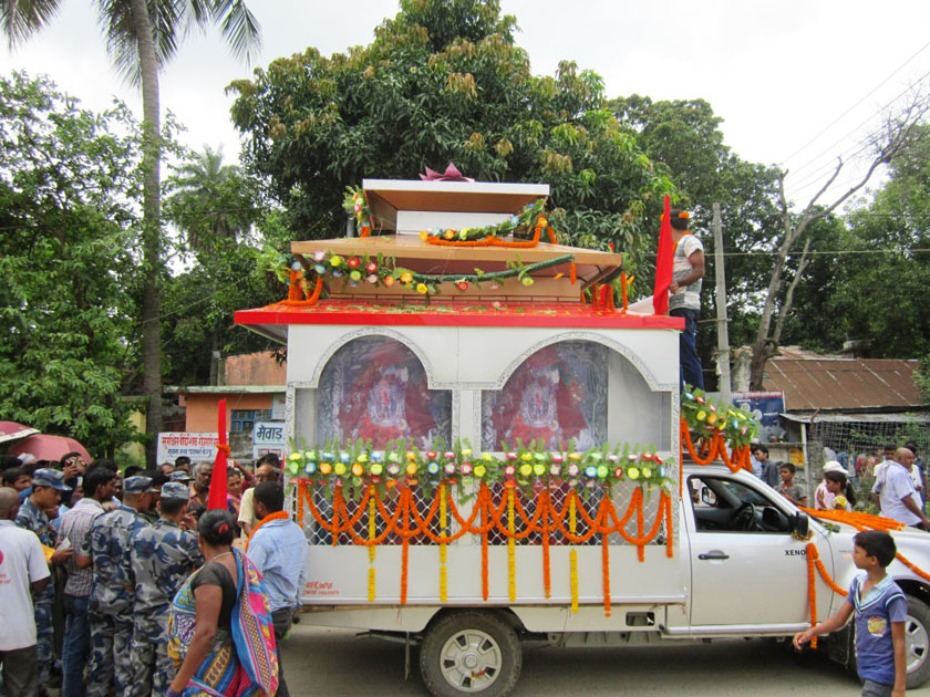 A view of the Mechi-Mahakaali chariot procession from Khadgeshwori Chinnamasta in Saptari on Thursday July 14, 2016. Photo: THT Online