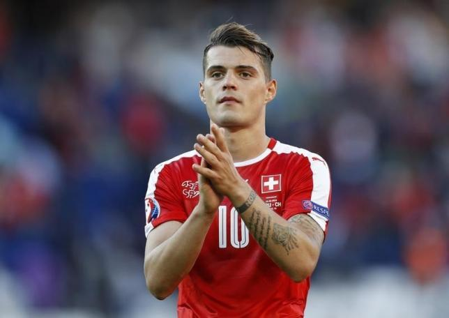 Football Soccer - Romania v Switzerland - EURO 2016 - Group A - Parc des Princes, Paris, France  - 15/6/16nSwitzerland's Granit Xhaka applauds the fans at the end of the gamenREUTERS/Darren StaplesnLivepic