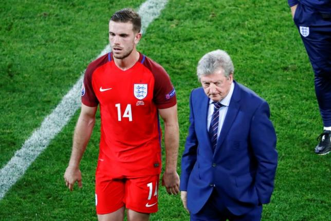 Football Soccer - Slovakia v England - EURO 2016 - Group B - Stade Geoffroy-Guichard, Saint-Etienne, France - 20/6/16 England's Jordan Henderson and Roy Hodgson after the match REUTERS/Max Rossi/Files