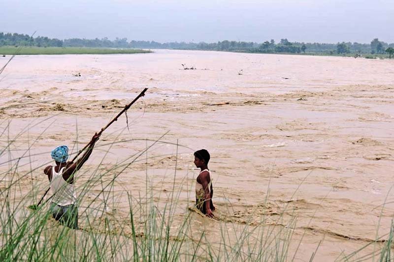 A view of the swollen Lal Bakaiya River in Rautahat district, on Monday, July 25, 2016. Photo: Prabhat Kumar Jha/ THT