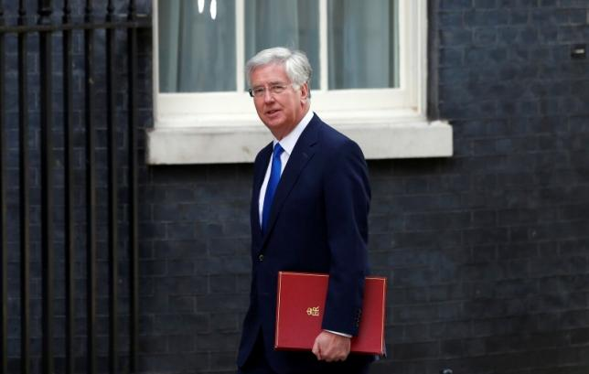 Britain's Defence Secretary Michael Fallon arrives for a cabinet meeting at number 10 Downing Street, in central London, Britain July 12, 2016.   REUTERS/Neil Hall