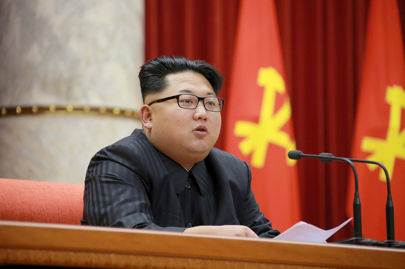 North Korean leader Kim Jong Un attends the 3rd Meeting of Activists in Fisheries under the Korean People's Army (KPA) in this undated photo released by North Korea's Korean Central News Agency (KCNA) in Pyongyang December 29, 2015. Photo: Reuters